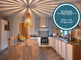 Sonas - extremely high standard, Dingle Town