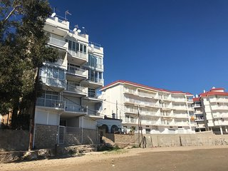 Apartamento moderno. Vistas al mar
