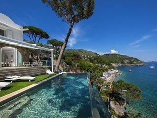 Luxury villa Miranda