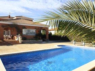 GLADYS Gran villa piscina privada BBQ Wifi gratis