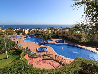 LOVELY 4BR. VILLA WITH SEA VIEWS