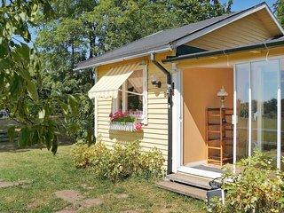 Lur Holiday Home Sleeps 6 - 5059343