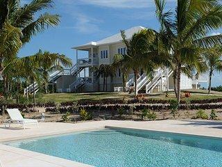 New Condo w/Htd Pool, Private Beach, 2-Ocean View, Golf Cart, Kayaks, Dock