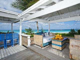 New Beachfront House On Famous French Leave Beach w/NEW POOL