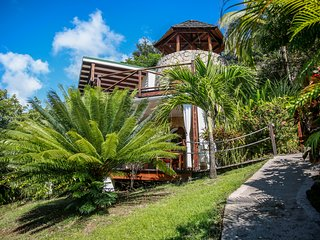 Sugar Mill Tower - 2 Bedroom - Romantic Seaside Escape - Conveniently Located
