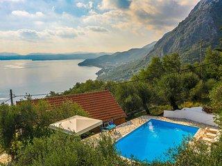 3 bedroom Villa in Nisaki, Ionian Islands, Greece - 5741266