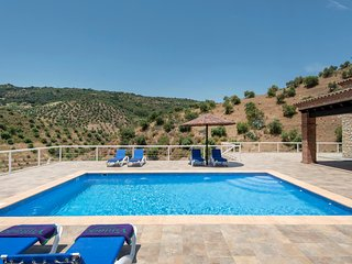 El Gastor Villa Sleeps 6 with Pool Air Con and WiFi - 5637931