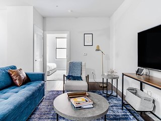 Cozy Apartment for Night Owls near Live Music Venues