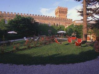 13 bedroom Villa in Campiglia Marittima, Tuscany, Italy - 5218160