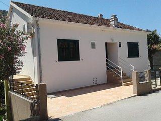One bedroom apartment Trpanj (Peljesac) (A-13664-c)