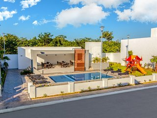 Centric Home in Downtown Cancun in Safe Private Gated Community near Attractions