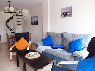 Miraya apartment in Torre del Mar with WiFi, air conditioning, private parking,