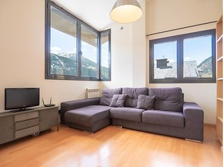 El Tarter TR 6-1 apartment in Canillo with WiFi, private parking, balcony & lift