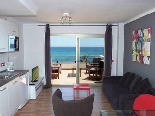 Gorgeous apartment on the beach - Antic 302 4 pax