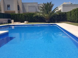 CAN MALENA. Casa con vistas al mar cerca de la playa de Cala Tarida