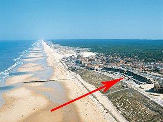 Studio BORD de plage et VUE  180°dégagée Océan 100 m la plage