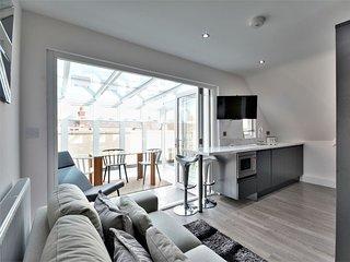 Crown Inn - Two Bedroom Penthouse