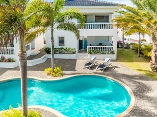 Palm Crest apt. Curacao || 2P Luxury | Patio #150b