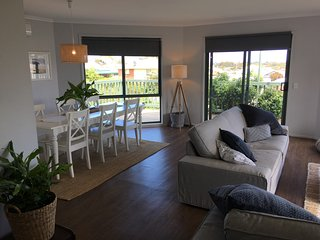 San Remo Holiday Home - Free Wifi Pet Friendly