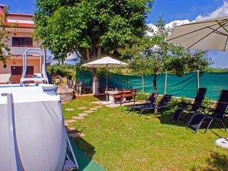 Two bedroom apartment Skrapi (Central Istria - Sredisnja Istra) (A-14531-a)