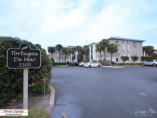 Gulf Front & Ground Level - Fabulous 2 Bedroom/2 Bath in Belleair Beach