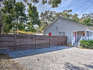 Renovated Tampa House w/Private Yard & Fire Pit!