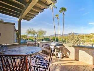 NEW! Carefree Townhome w/Mtn Views, Pool & Hot Tub