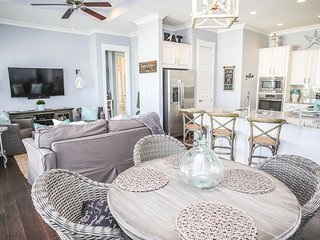 Prominence on 30A ❂ Sugar Breeze ❂ Luxury 2BR Beach House!