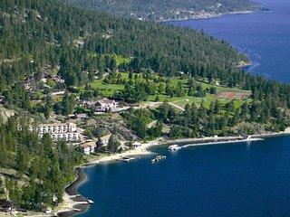 Lake Okanagan Resort, 1 BR Suite, Sleeps 4, SATURDAY Check-In