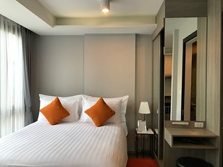 Modern cozy fully equipped and hotel serviced 214