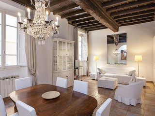 Navona Suite 2174 apartment in Centro Storico with air conditioning.