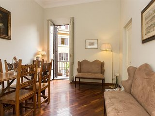 Parioli 2222 apartment in Borghese-Parioli with air conditioning & balcony.
