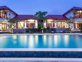 Luxury Ubud Villa w Swimming Pool, Champaca 1