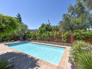 Chic Wine Country 3BR w/ Pool - Newly Updated, Close to Sonoma  Square