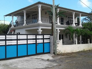Nice house near the beach & terrace