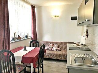 Appartamento Vesna 3 Umag - Zambratija vicino alla spiaggia, Wi-Fi, parcheggio