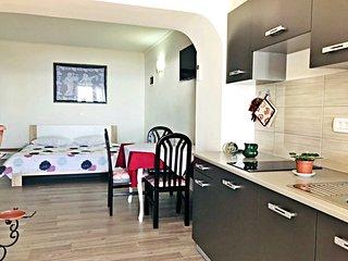 Appartamento Vesna6 Umag-Zambratija terazzo vista mare vicino alla spiaggia Wifi