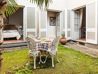 Casa Boccherini.2 bedrooms apartment in the historic center with private garden