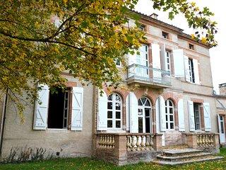 Roche, vivez la vie de chateau pres de Toulouse !