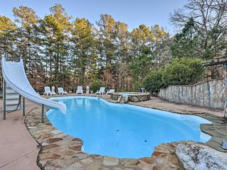 NEW! Apt w/ Shared Pool - 23 Miles to LakePoint!
