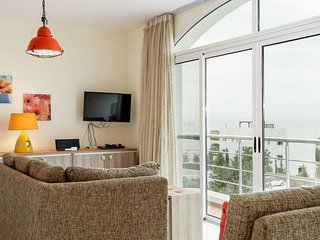 Joya Cyprus Mandarin Penthouse Lux Apartment