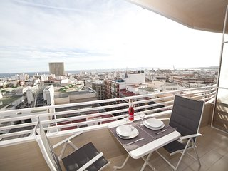 Cozy apartment in the center of Alicante with Lift, Internet, Washing machine, A