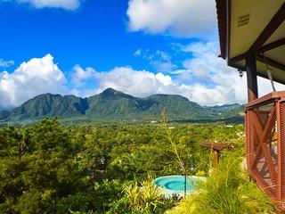 Vista completa al Valle de Anton - Villa Arcoíris