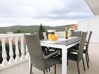 Zavalatica Apartment Sleeps 4 with Air Con and WiFi - 5764470