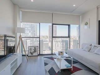 Brand New Spacious High Rise 2 Bedrooms Apt