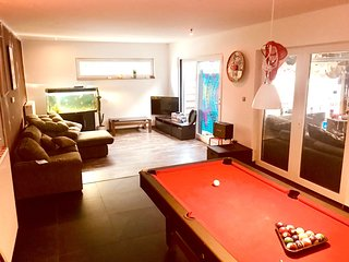 Spacious house in Tessenderlo with Parking, Internet, Washing machine, Balcony