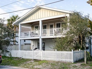 Delightful single family home just one lot back from soundfront water
