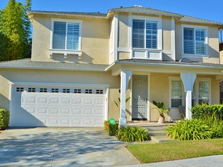 Carlsbad Vacation Home- Walk to Carlsbad State Beach!