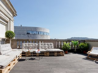 Central penthouse with terrace Placa Catalunya II