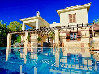 Villa Diyala - 3 bedroom villa with private pool, Aphrodite Hills Resort